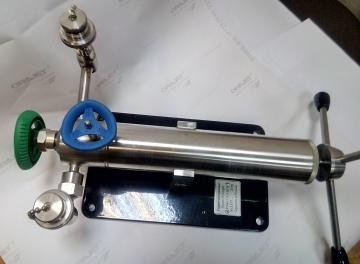 Пресс универсальный малогабаритный ПУМ-6М